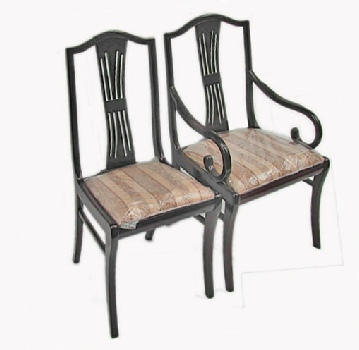 Rosewood dining chairs in Regency style